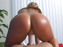 Girl loves to suck big cock