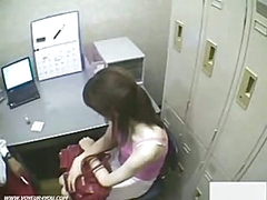 Japanse Girl Shoplifter